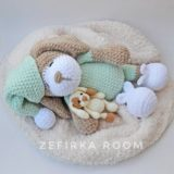 Sleeping dog Sonia amigurumi