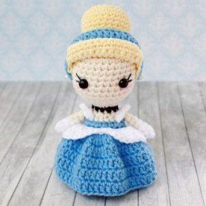 Crochet princess Cinderella amigurumi