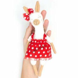 Alpaca amigurumi crochet toy