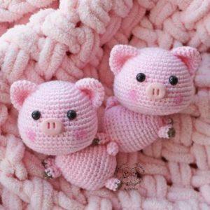 Crochet pigs amigurumi