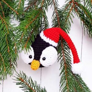 Christmas ornament crochet penguin