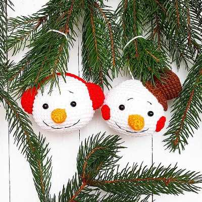 Christmas ornament crochet snowman
