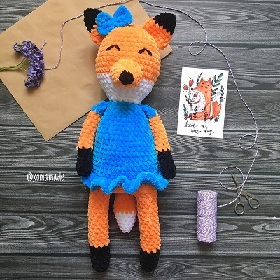 Crochet plush fox amigurumi