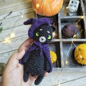 Crochet Halloween cat amigurumi