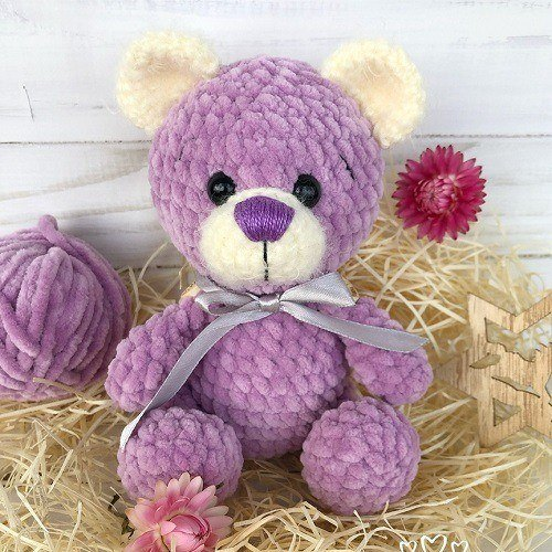 Crochet teddy bear amigurumi