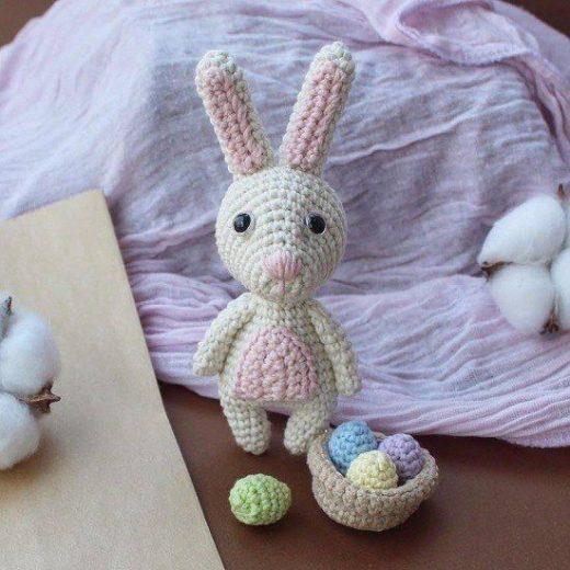 Erochet Easter bunny