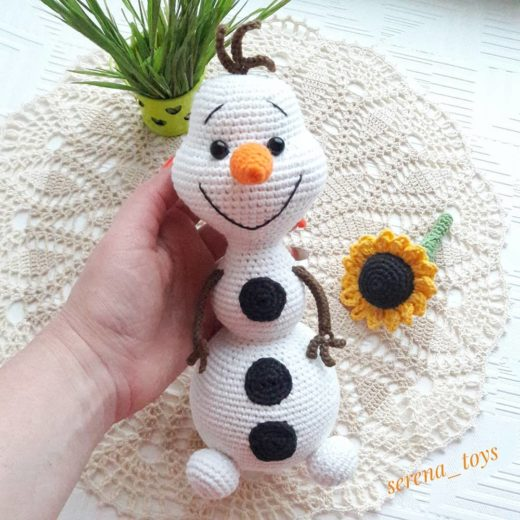 Crochet Olaf the snowman