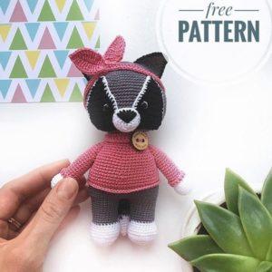 Crochet raccoon amigurumi