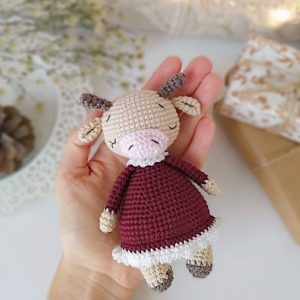 Crochet cow amigurumi