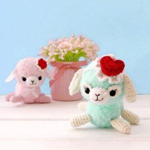 Crochet alpaca amigurumi